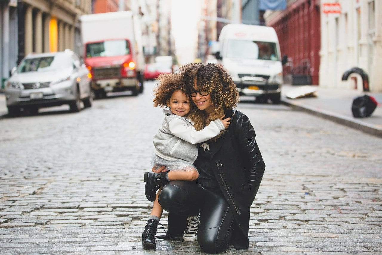 Maternidad y feminismo: ¿Cuán visibles son las problemáticas de las madres?