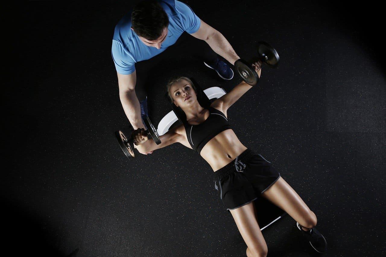 Levantamiento de pesas en las mujeres y otros mitos