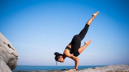 beneficios del yoga para mujeres